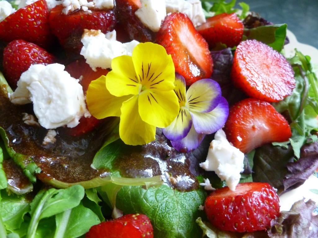 fruity balsamic