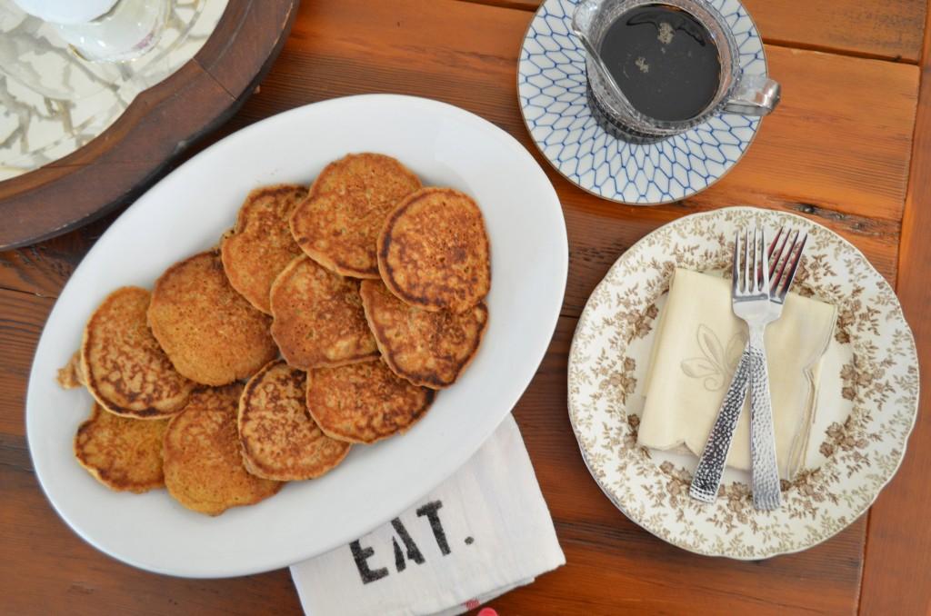 pumpkin oatmeal pancakes, vegan