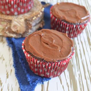 Vegan Chocolate Vanilla Porter Cakes