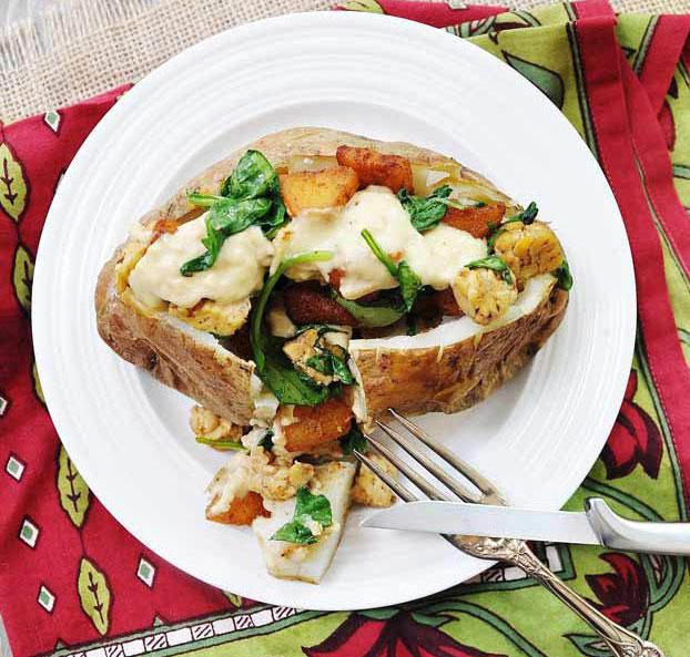 Smoky-Apple-and-Cheddar-Stuffed-Baked-Potato-Vegan-6