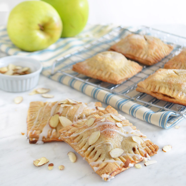 apple cheddar hand pies
